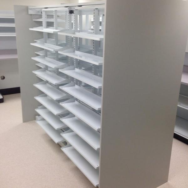 Metal Closed Door Pharmacy Shelving