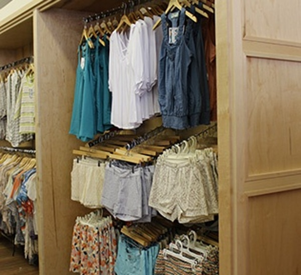 Custom Wood Retail Fixture